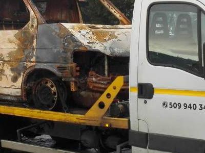 Spalone auto na lawecie